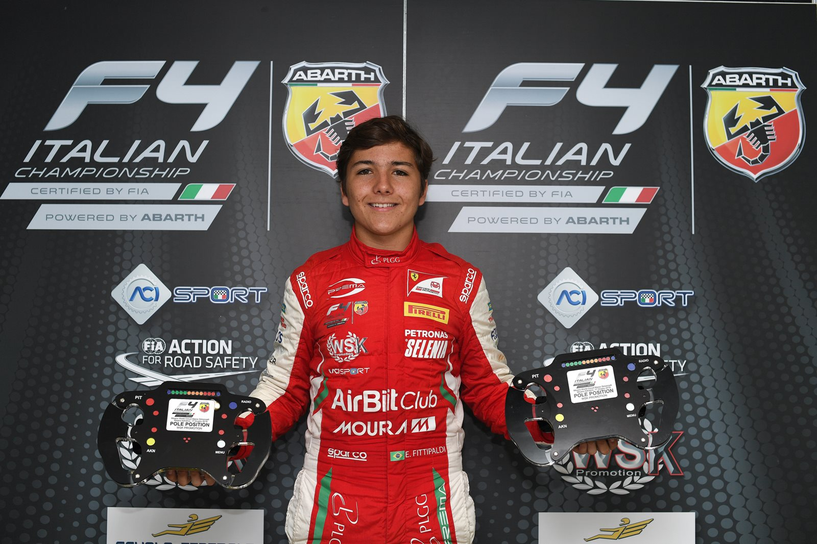 Photo of F4 – Líder da F4 Italiana já com descartes, Enzo Fittipaldi disputa título contra italiano e britânico