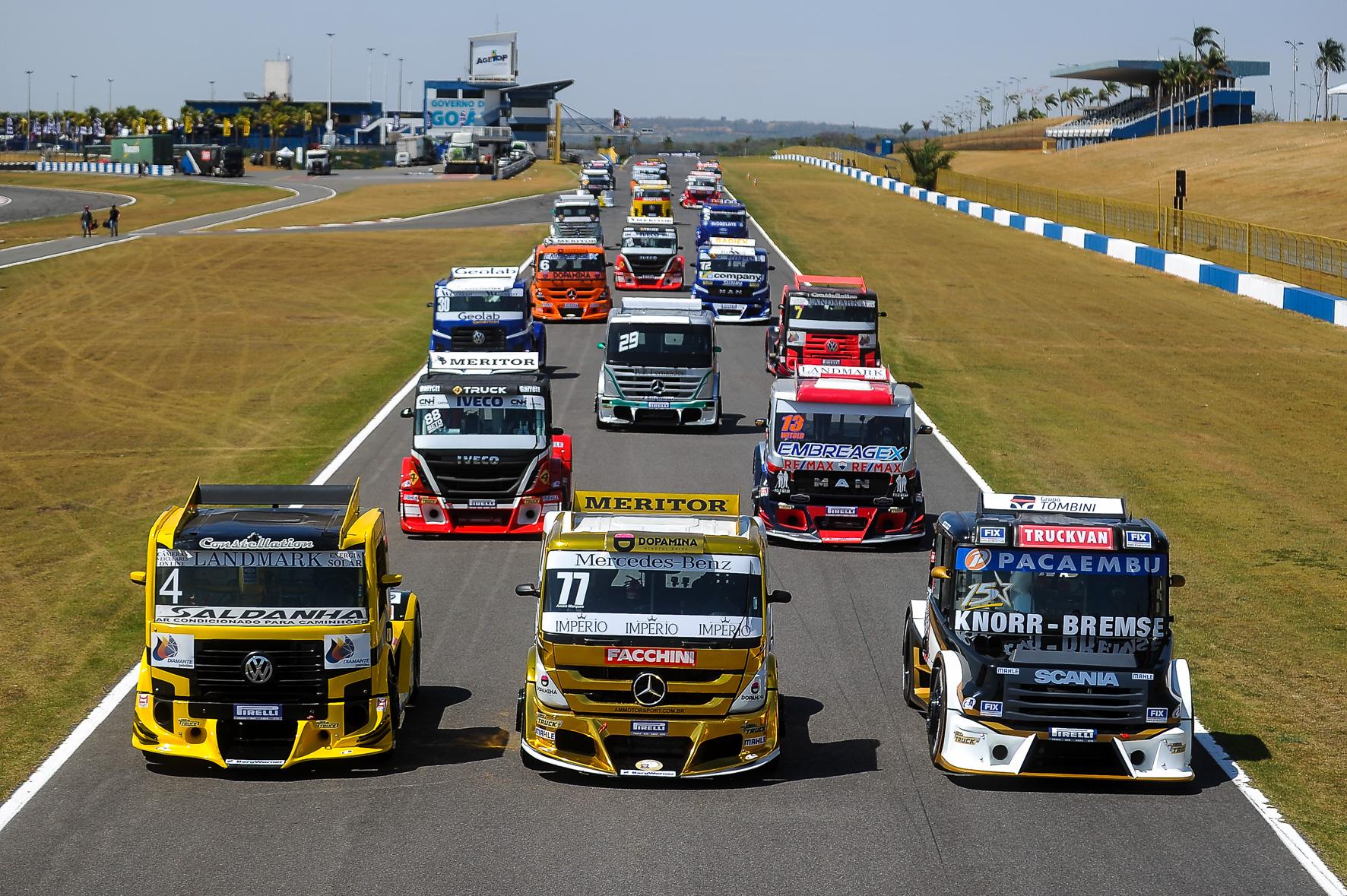 Photo of Truck e Mercedes – Mais de 40 máquinas na pista neste fim de semana em Curvelo