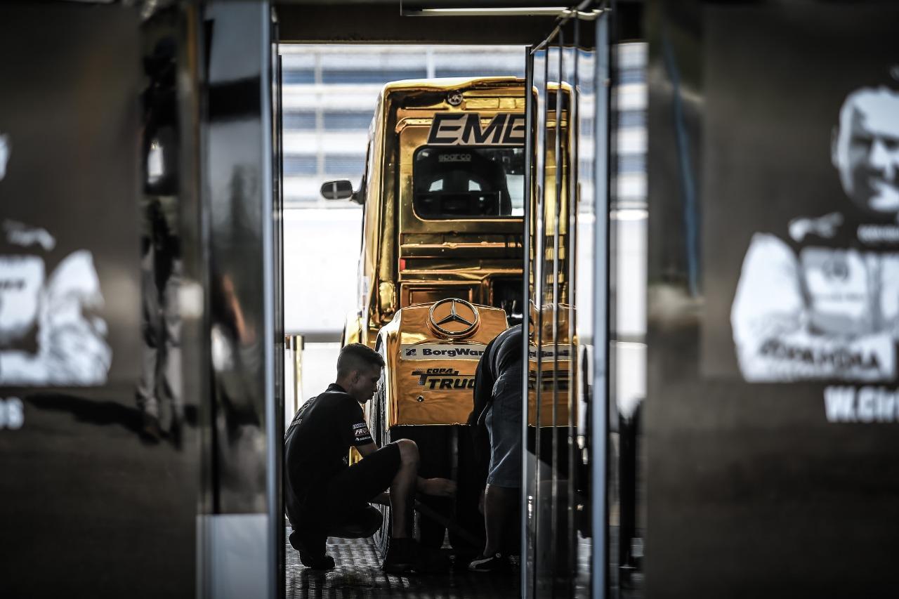 Photo of Truck – Uma disputa que vale a hegemonia nos caminhões