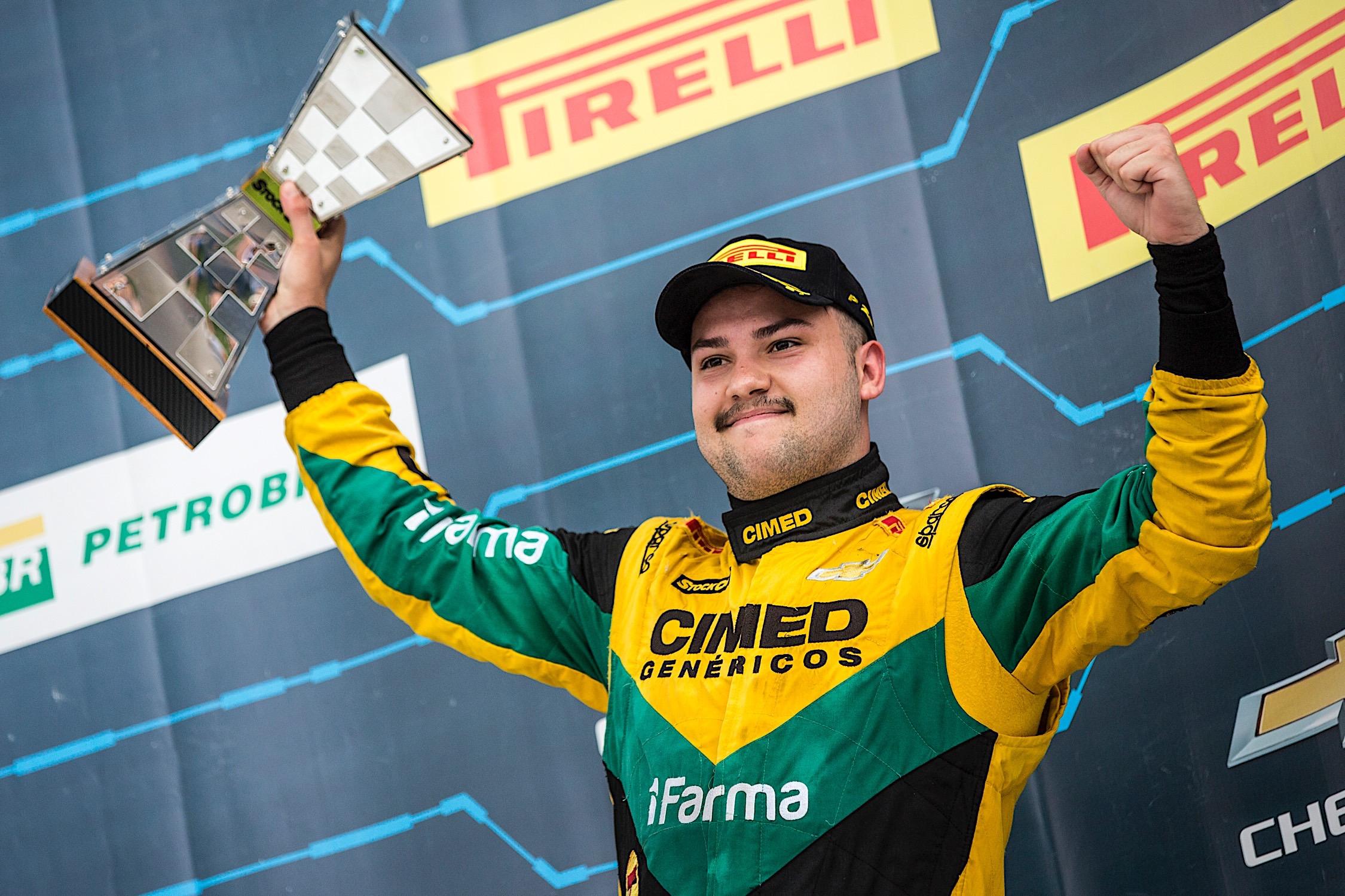 Photo of Stock Car – Felipe Fraga conquista pódio duplo em Goiânia e acirra briga pelo título entre os 2 últimos campeões