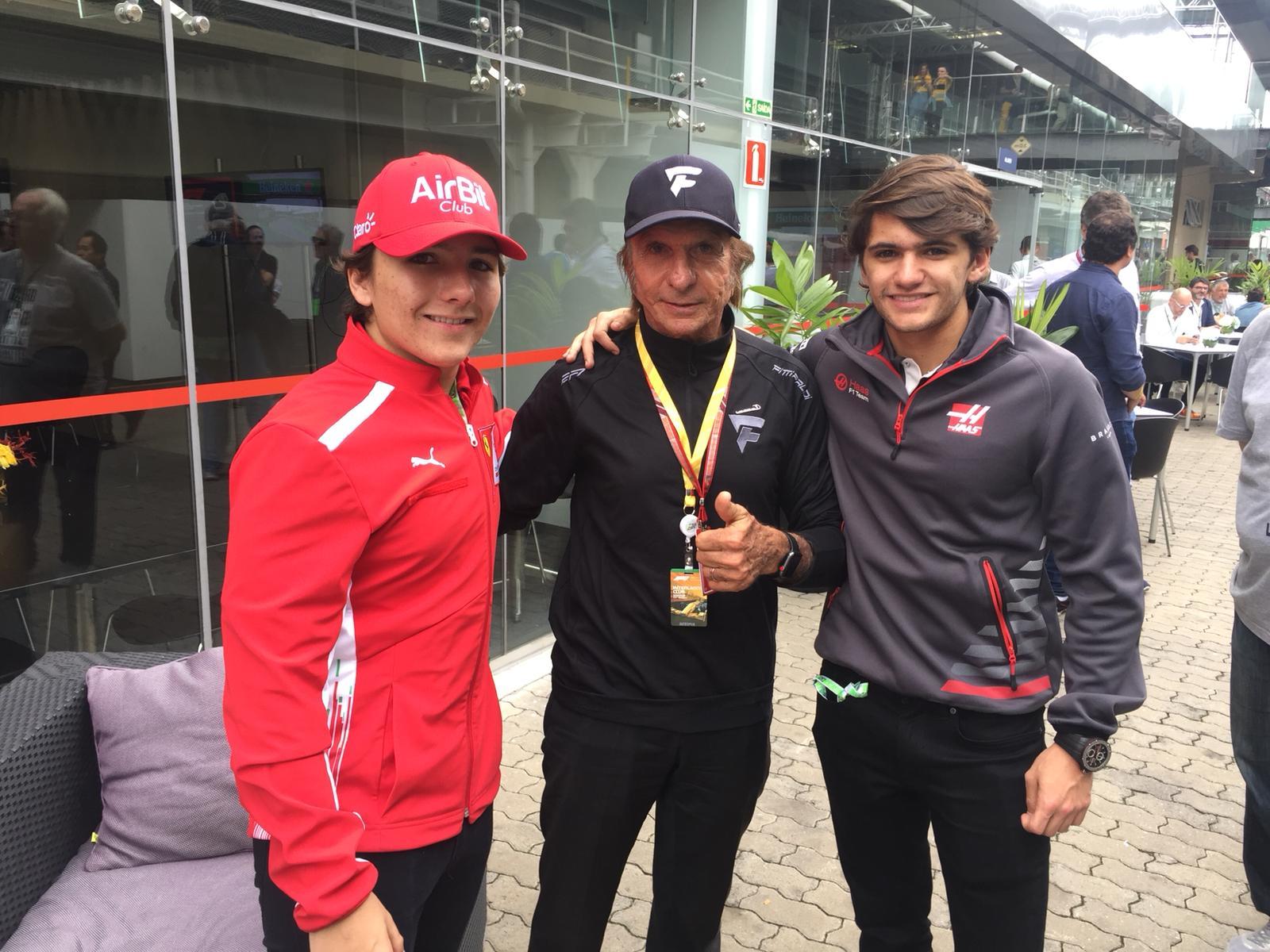 Photo of F4 – Campeão da F4 Italiana em 2018, Enzo Fittipaldi visita GP Brasil de F1 e ganha Capacete de Ouro