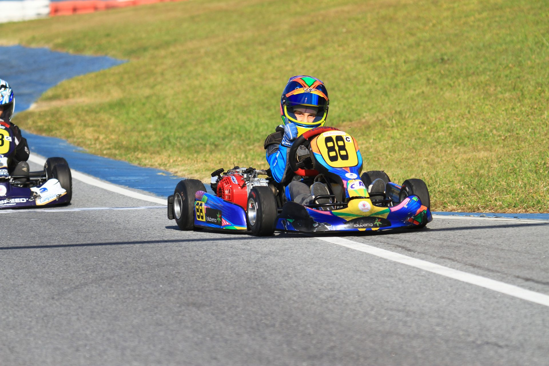 Photo of Kart – Luca Neuenschwander quer ampliar vantagem na Taça Minas de Kart