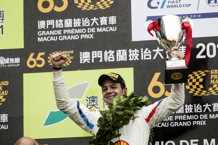 Photo of DTM – Augusto Farfus garante vitória em corrida classificatória do FIA GT World Cup em Macau