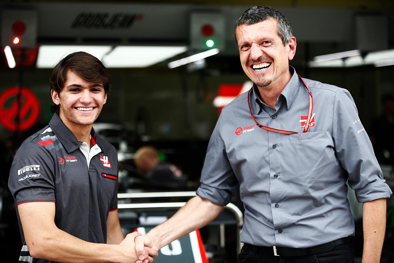 Photo of F1 – Antes do seu primeiro teste na Fórmula 1, Pietro Fittipaldi acompanha trabalho da Haas em Abu Dhabi