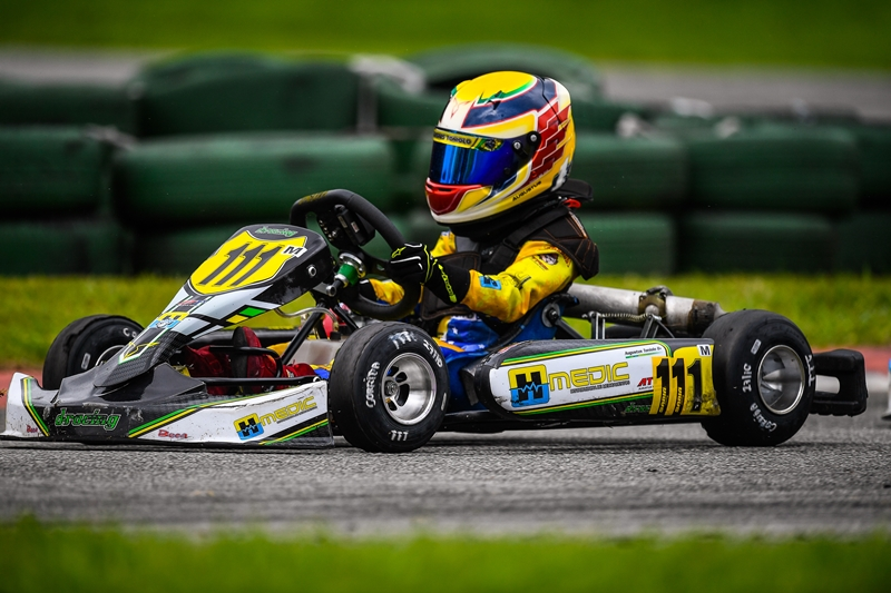 Photo of Kart – Revelação do kart nacional, Augustus Toniolo vence etapa final da Copa Aldeia na Cadete