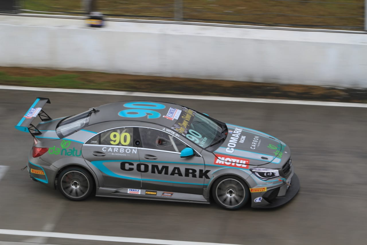 Photo of Mercedes-Benz Challenge – Mascarello e Moraes lideram dia agitado no PR