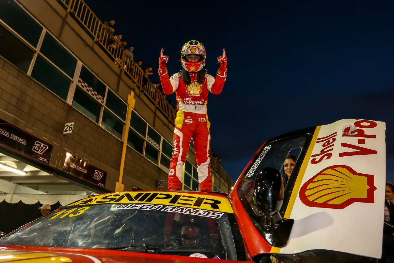 Photo of Sprint Race – Após decisão na Porsche Cup, Academia Shell Racing disputa penúltima etapa da Sprint Race, com Diego Ramos