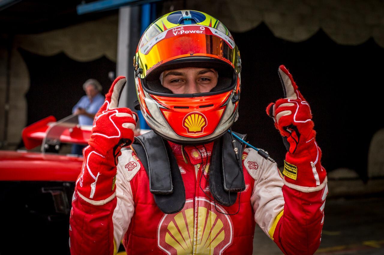 Photo of Sprint Race – Com etapa perfeita em Cascavel, Diego Ramos coloca Academia Shell no topo da Sprint Race
