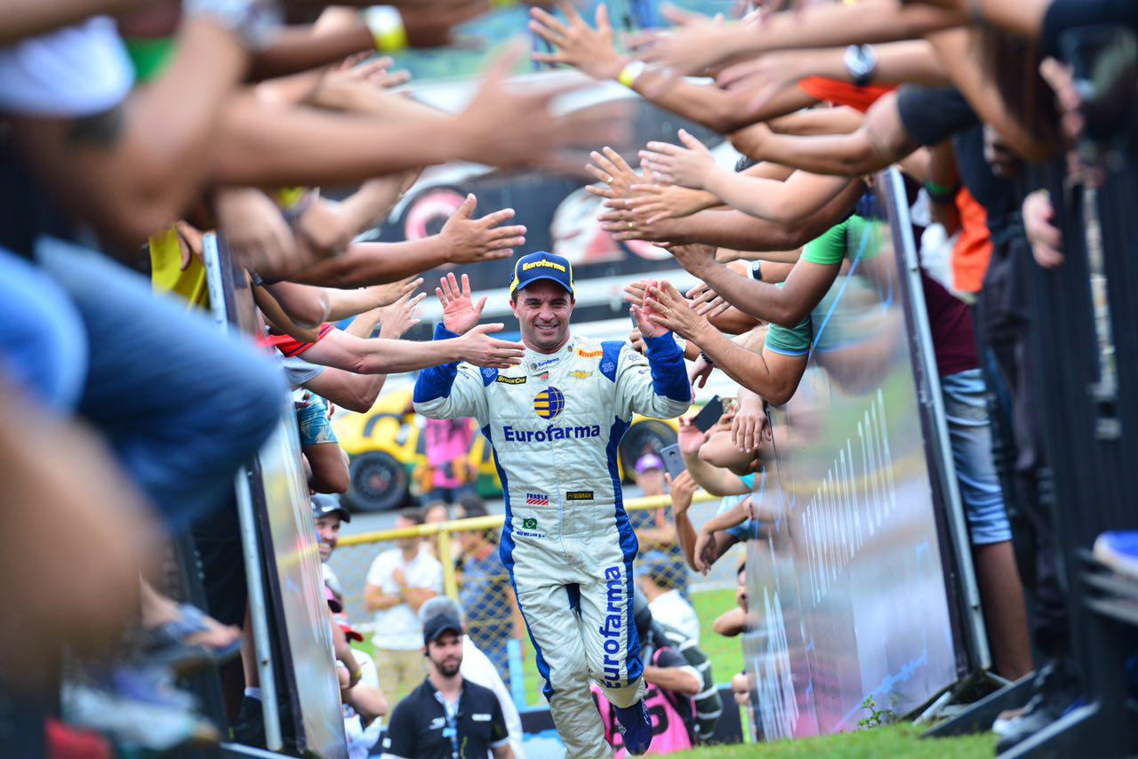 Photo of Stock Car – Max Wilson leva a corrida 2 em Goiânia
