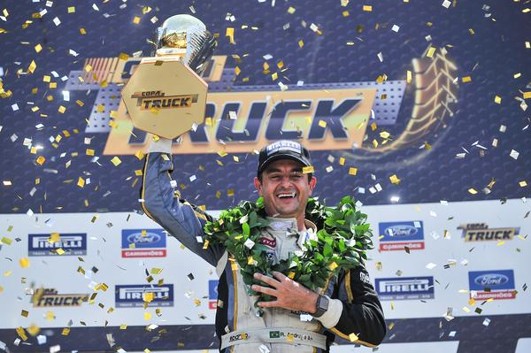 Photo of Truck – Roberval Andrade é campeão brasileiro diante de 32 mil pessoas em Curitiba