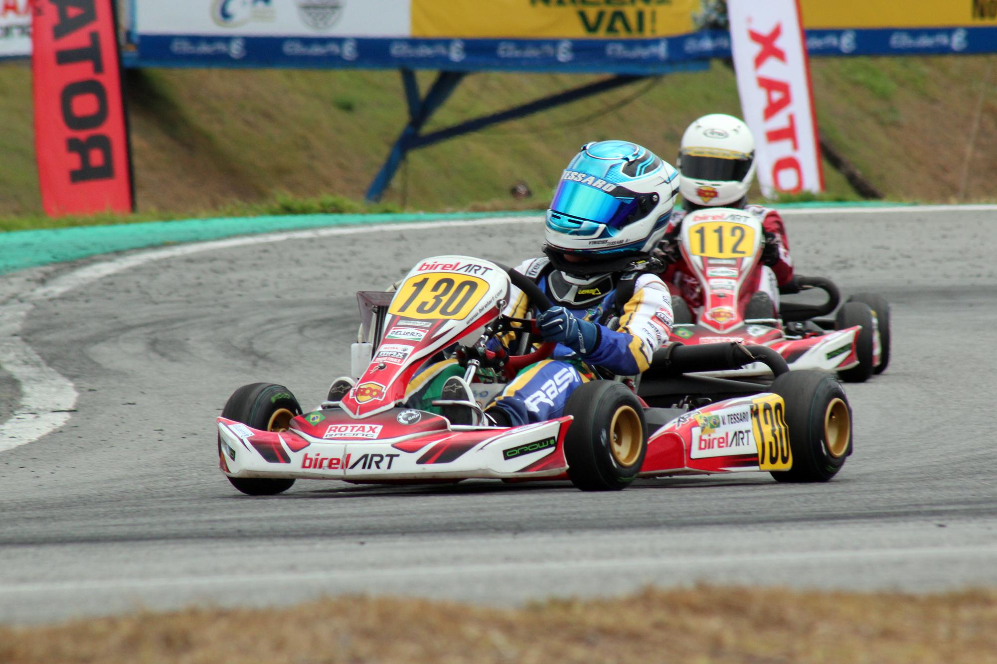 Photo of Kart – Vinícius Tessaro ficou fora da disputa pelo título do Rotax Max Finals por problemas de motor