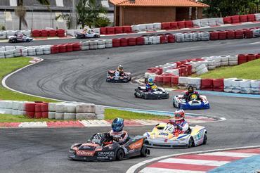Photo of Kart – João Renato Corbellini venceu as 500 Milhas Granja Viana na categoria B em sua estreia na competição