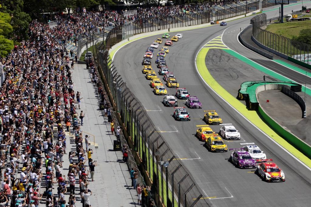 Photo of Stock Car – Daniel Serra é bicampeão da Stock Car; Ricardo Zonta vence corrida final em Interlagos