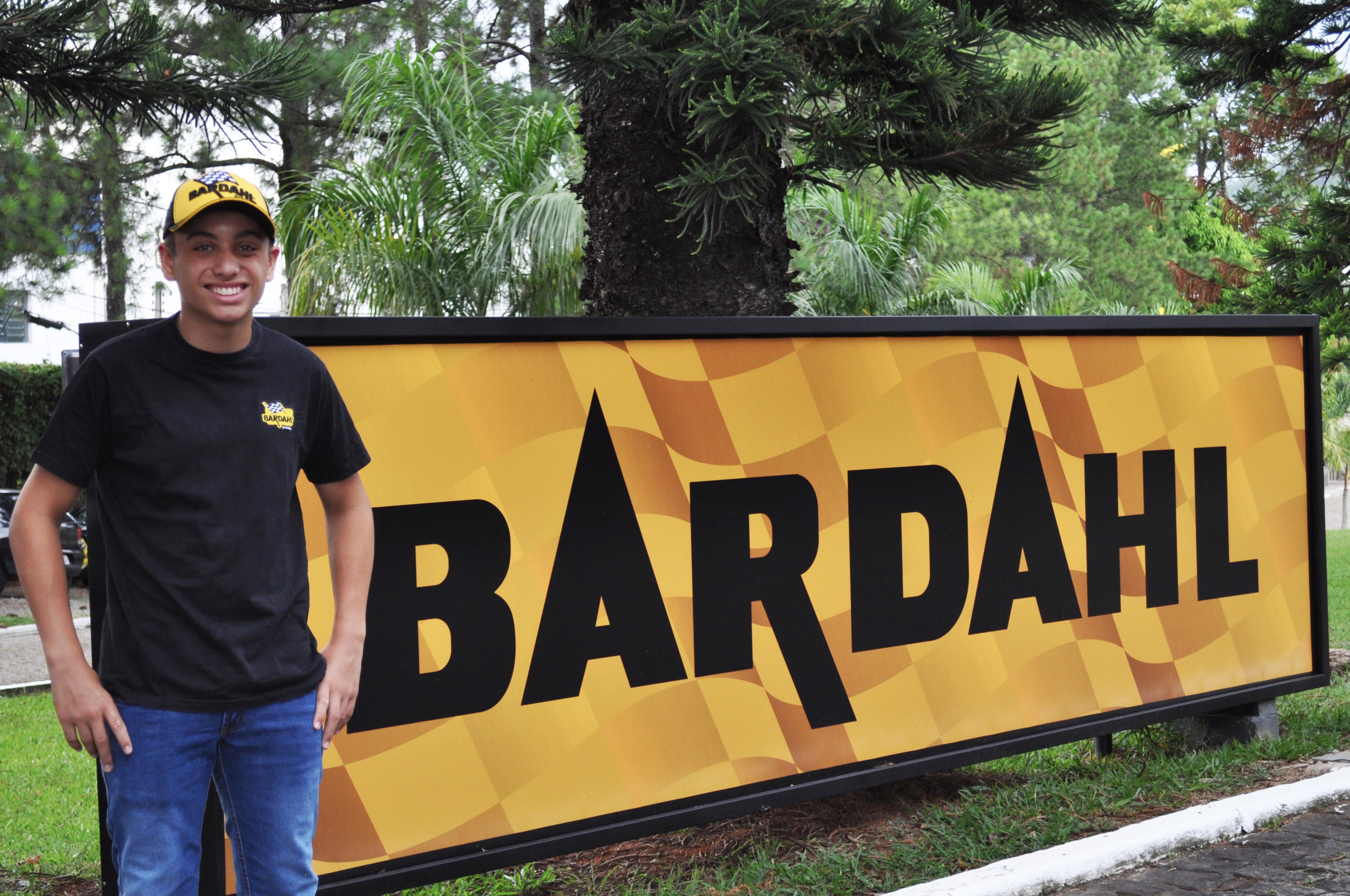 Photo of Kart – Promax Bardahl renova parceria com o piloto Pedro Aizza