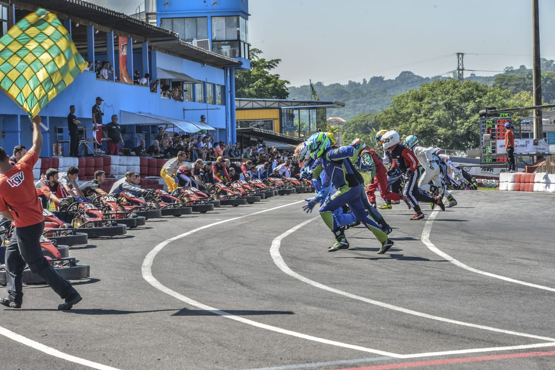 Photo of Kart – Karteiros vencem o Endurance Interclubes Brasil no Kartódromo Granja Viana