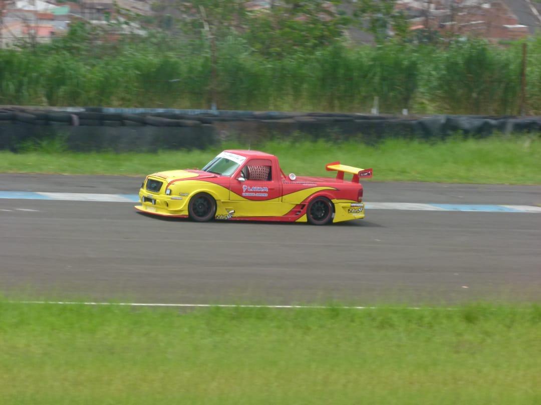 Photo of Pick-Up – Pilotos renomados são chamados para testar as novas Picapes do Campeonato Super Cup V6.