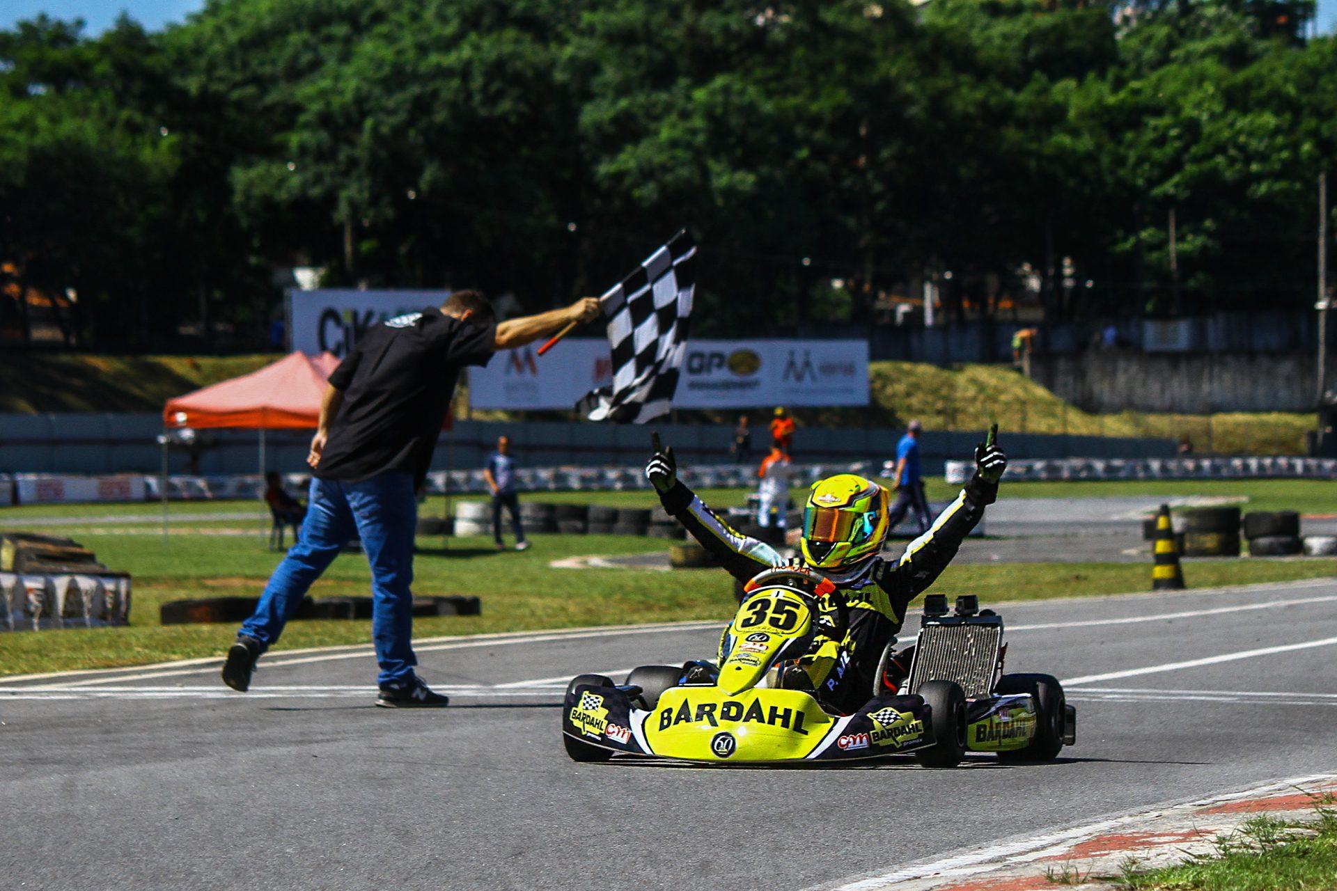 Photo of Kart – Pedro Aizza vence 1ª etapa da Copa Interlagos de Kart na categoria Júnior