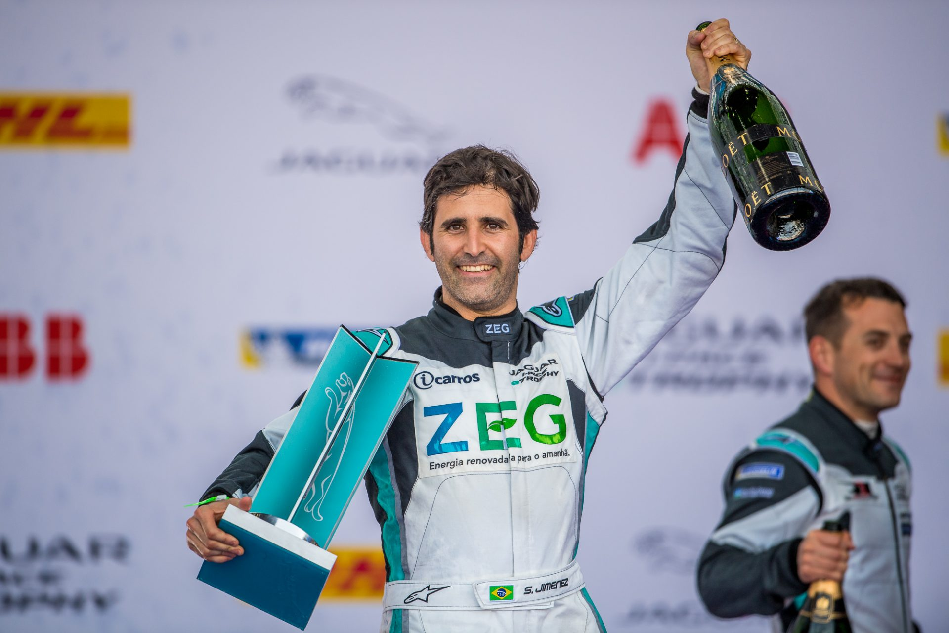Photo of eTrophy –  Sergio Jimenez e Cacá Bueno  disputam liderança do Jaguar I-PACE eTROPHY em Hong Kong