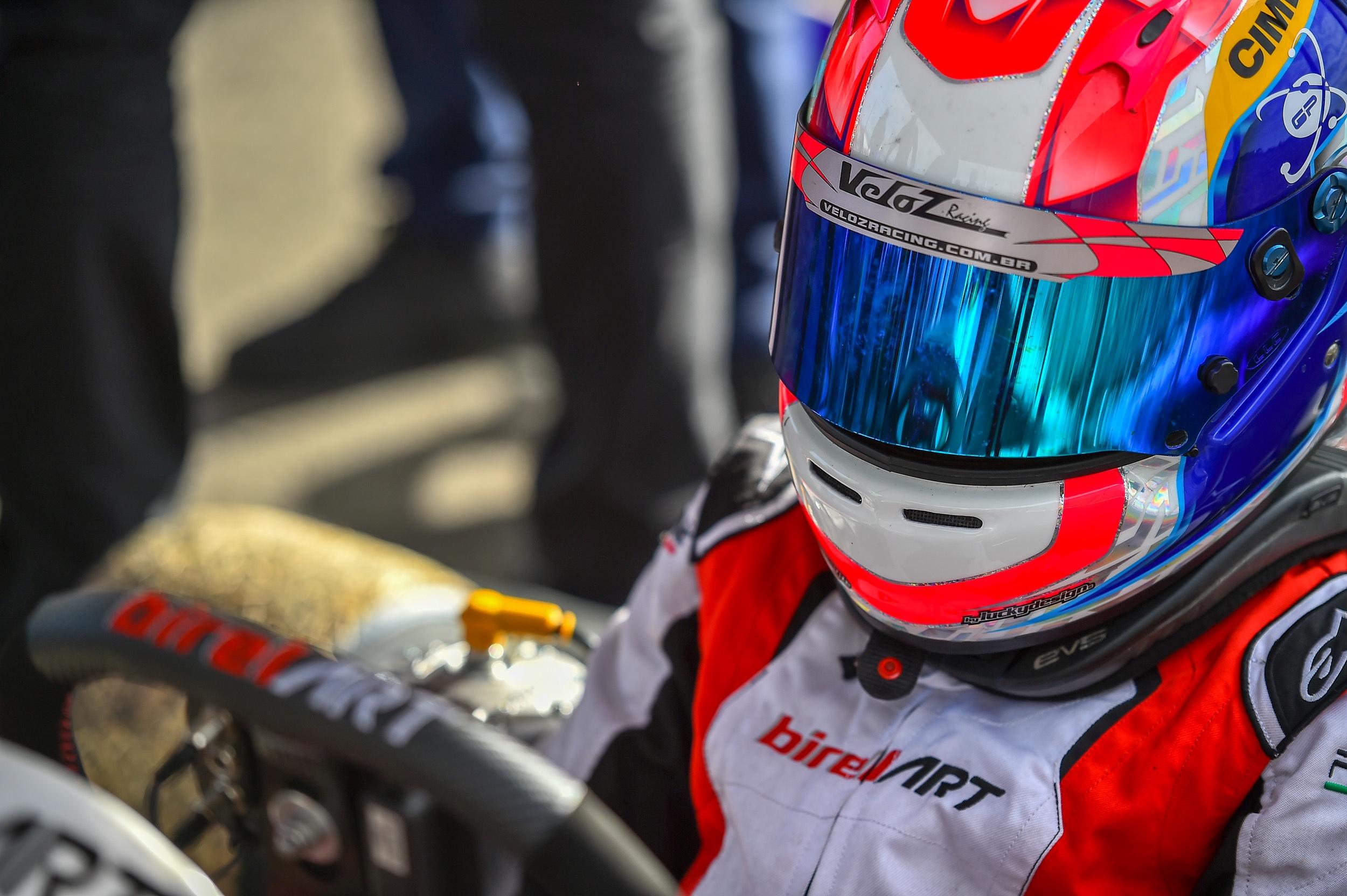 Photo of Kart – Rafael Câmara conquista 2º lugar em 2 baterias de La Conca e segue brigando pelo título no WSK