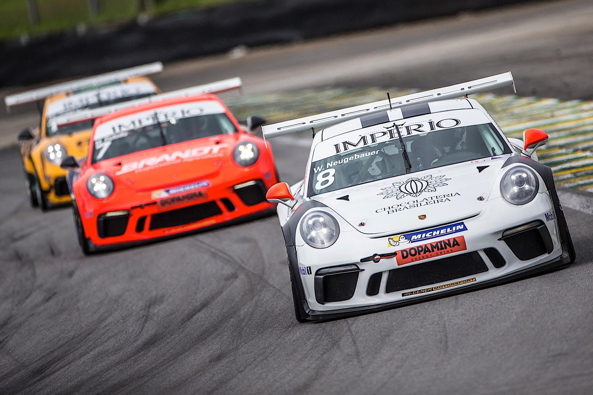Photo of Porsche Cup – Werner Neugebauer conquista P2 na primeira corrida e é forçado a abandonar na segunda