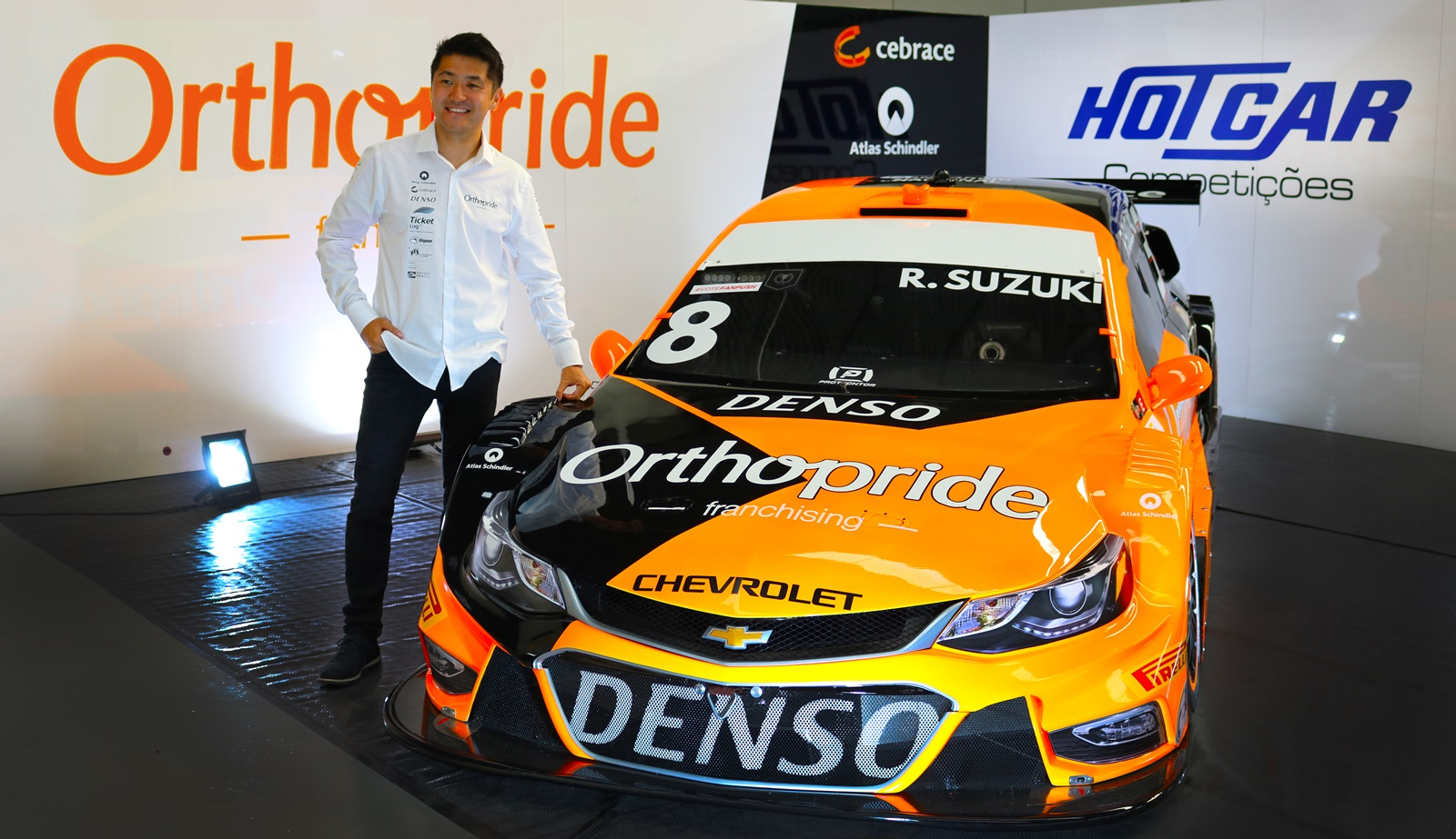 "Photo of Stock Car – Rafael Suzuki revela layout da ""Laranja Mecânica"" para Stock Car 2019"