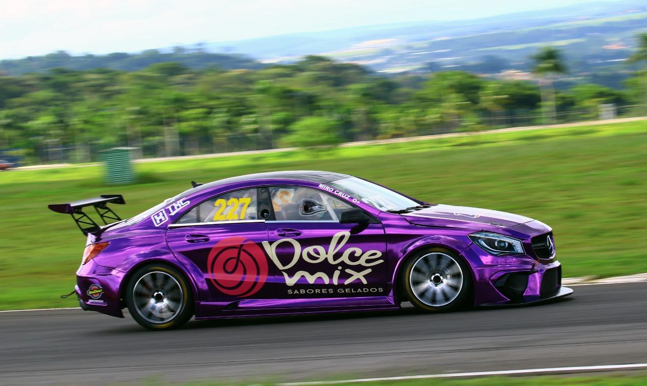 Photo of MB Challenge – Miro Cruz tem dia de avanço na adaptação ao novo carro do Mercedes Challenge