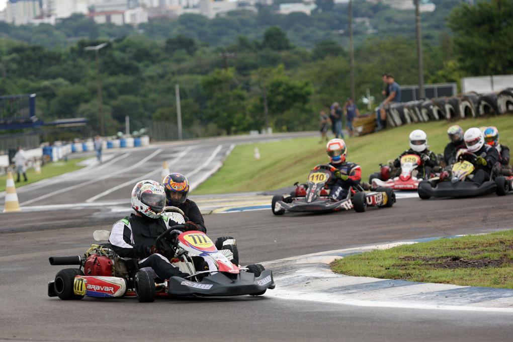 Photo of Kart – Para fugir do Sul-Brasileiro, Cascavel antecipa a 3ª etapa do Metropolitano