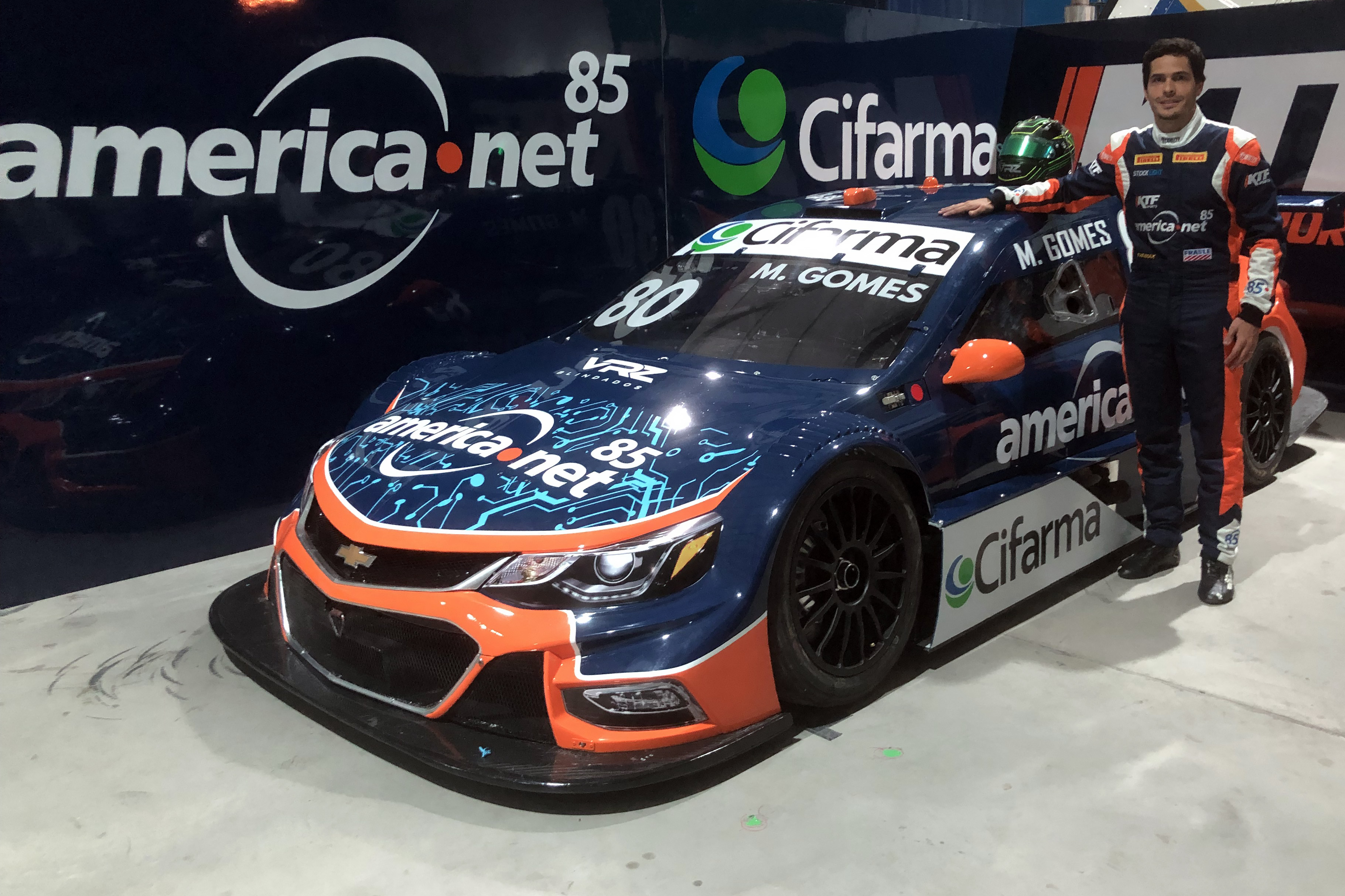 Photo of Stock Car – Marcos Gomes completa a equipe KTF Sports para a Stock Car 2019