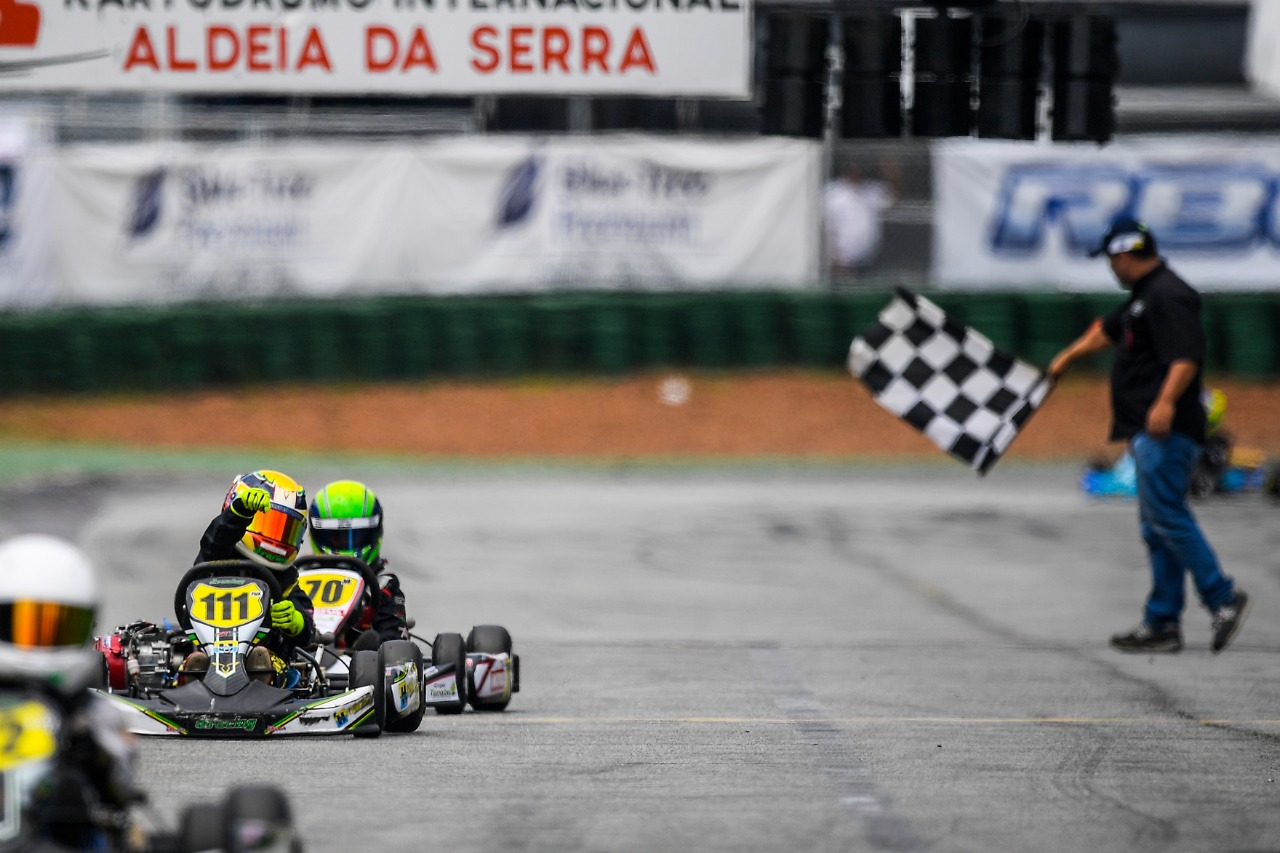 Photo of Kart – Augustus Toniolo conquista pole e fica em 2º lugar nas duas corridas do Paulista Light de Kart