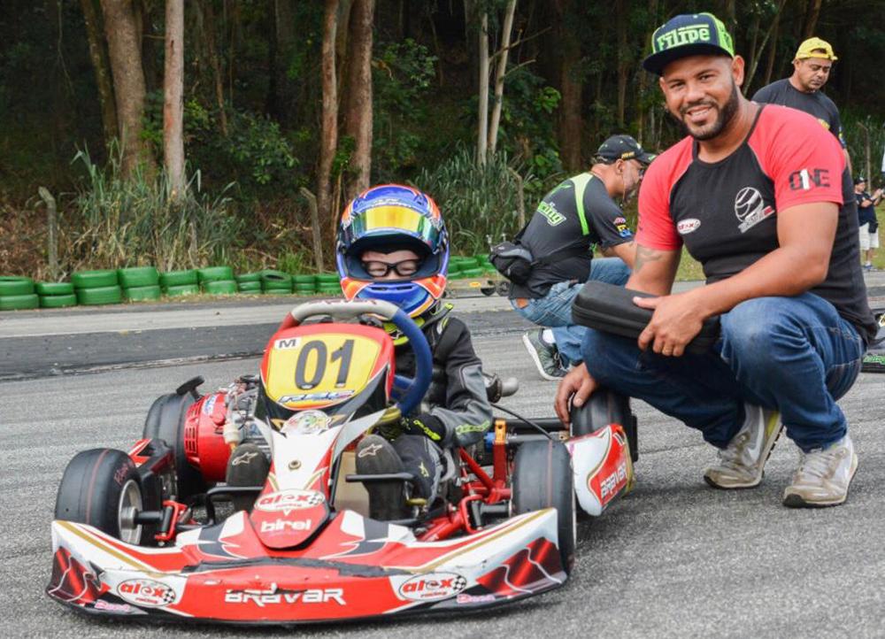 Photo of Kart – Filipe Vriesman lidera dois estaduais de kart e se prepara para a temporada de campeonatos nacionais