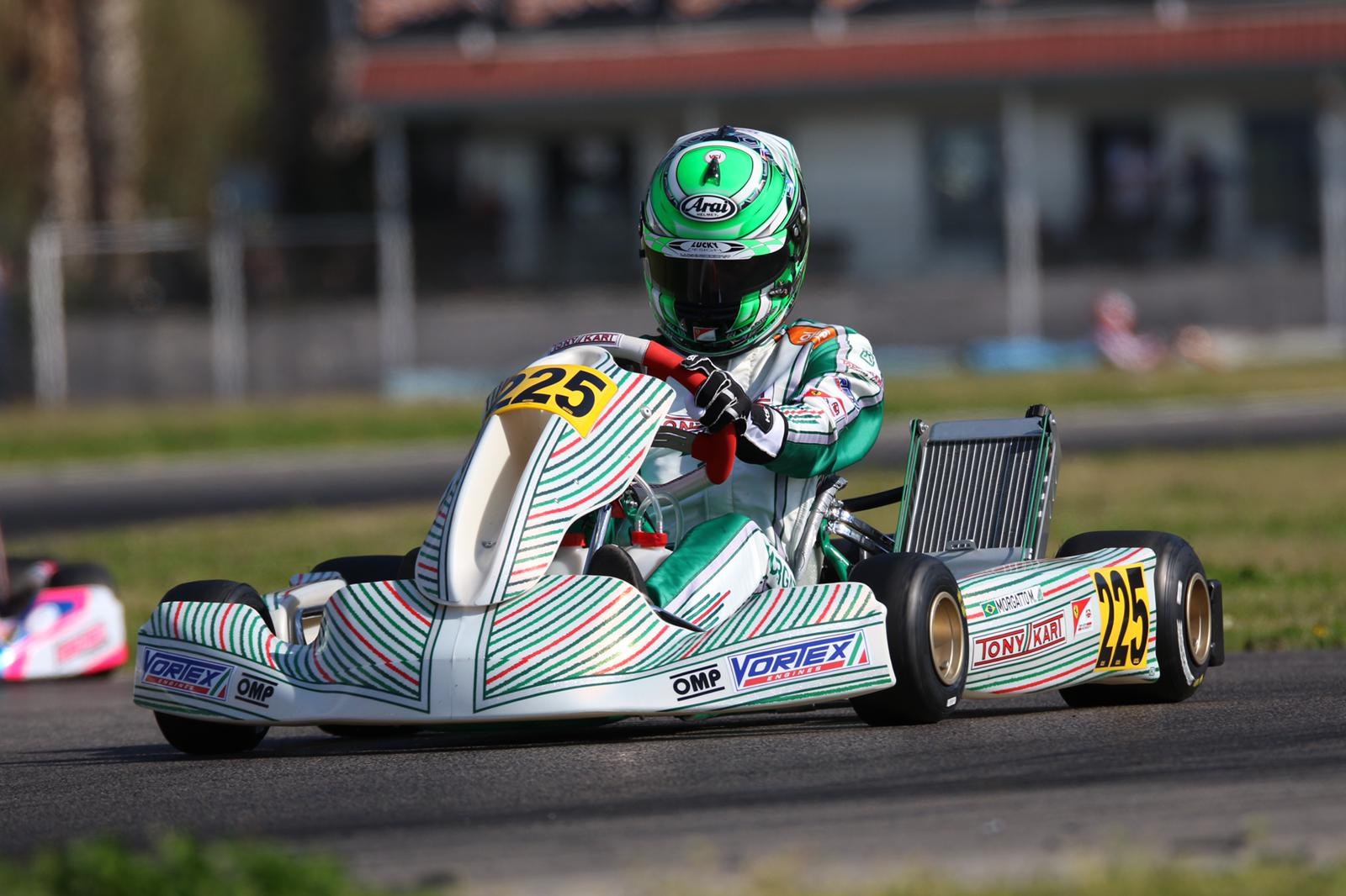 Photo of Kart – Europeu de Kart começou com Top10 para Matheus Morgatto