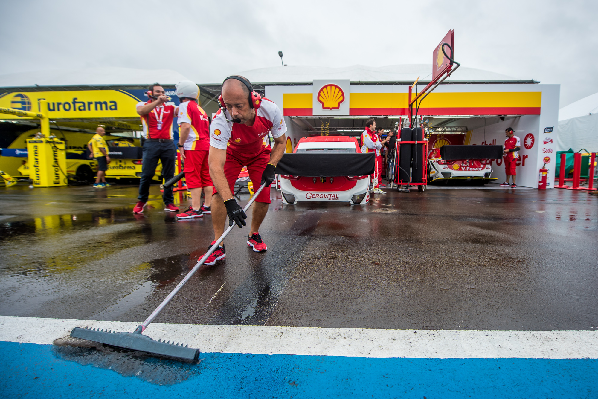 Photo of Stock Car – Gaetano di Mauro brilha na chuva e leva Shell ao Q3 no primeiro treino classificatório da Stock Car em 2019