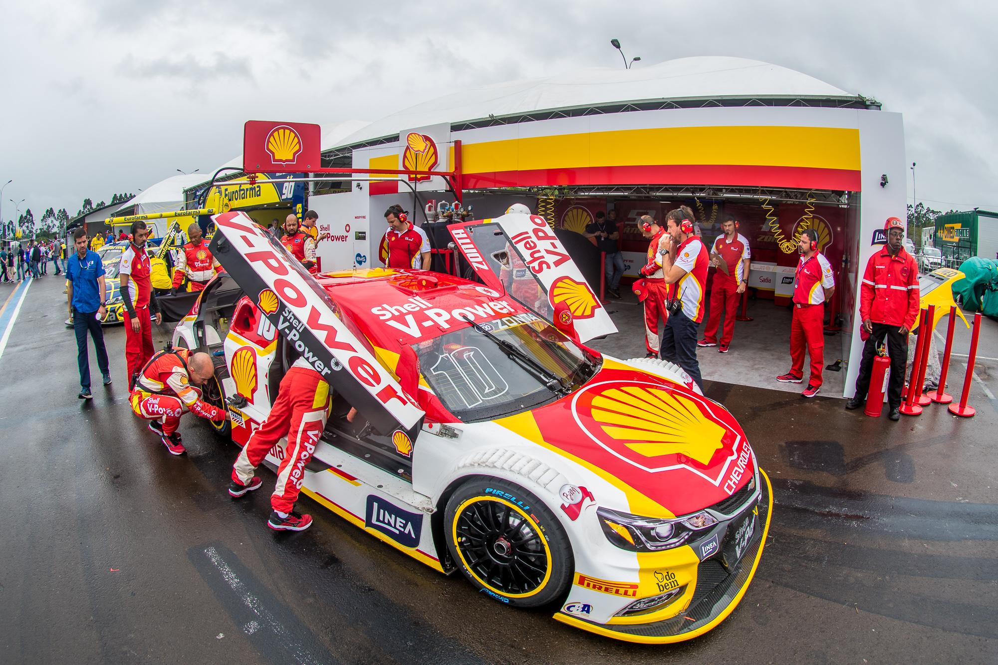 Photo of Stock Car – Em corrida tumultuada, Shell marca pontos com seus três pilotos na abertura da Stock Car