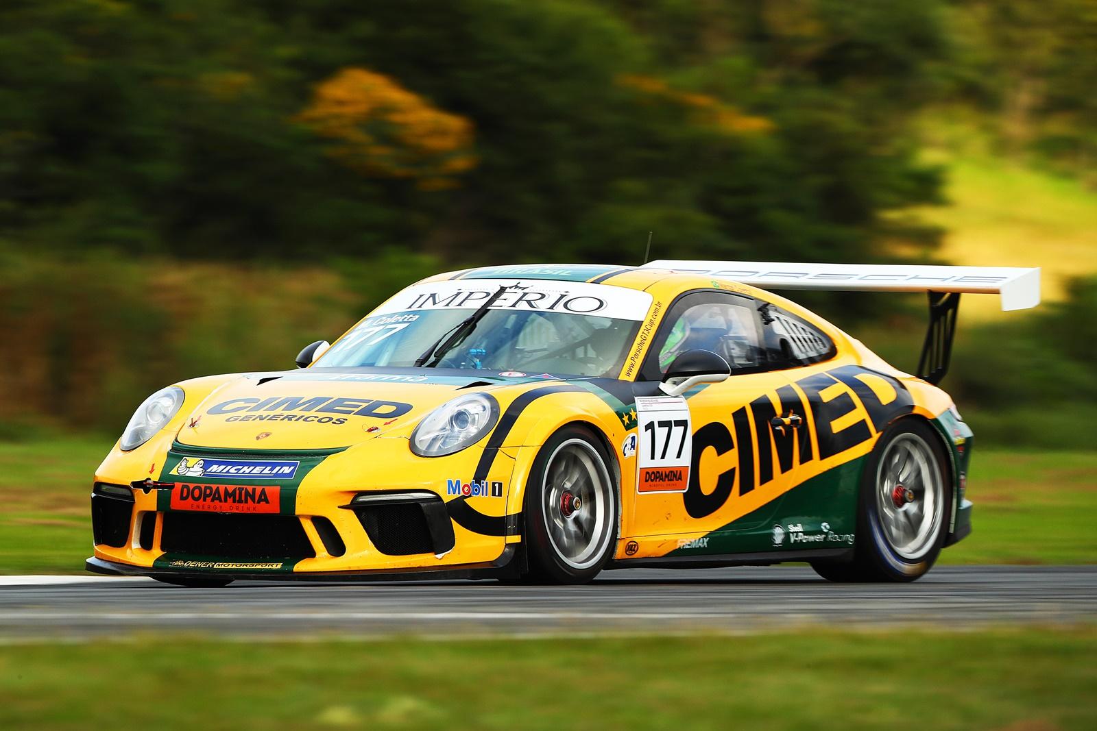 Photo of Porsche Império Carrera Cup – Marcel Coletta implode recorde e é pole em Curitiba com o carro 4.0, enquanto Felipe Baptista sai na frente com o 3.8