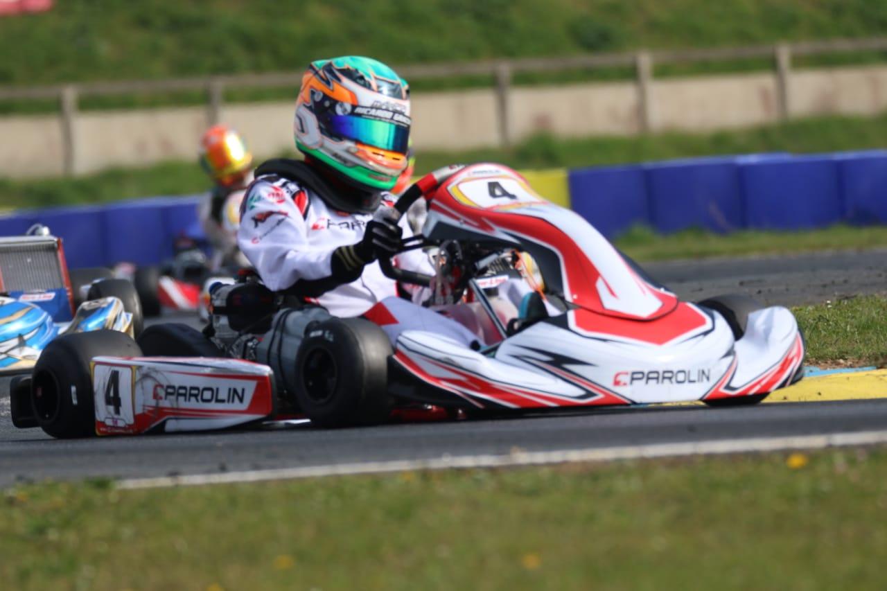 Photo of Kart – Ricardo Gracia recebe visita de Jean Todt e Felipe Massa no Europeu de Kart em Genk