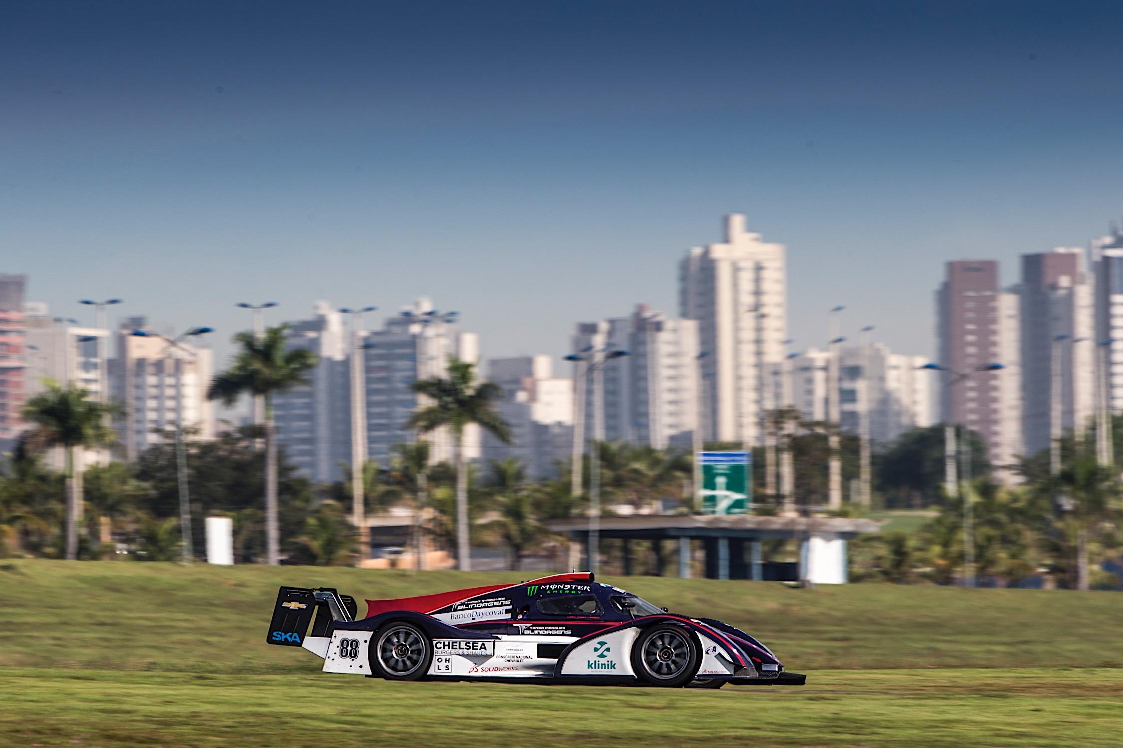 Photo of Endurance – Protótipo AJR #88 comandado pelo ex-F1 Tarso Marques estabelece novo recorde em Goiânia