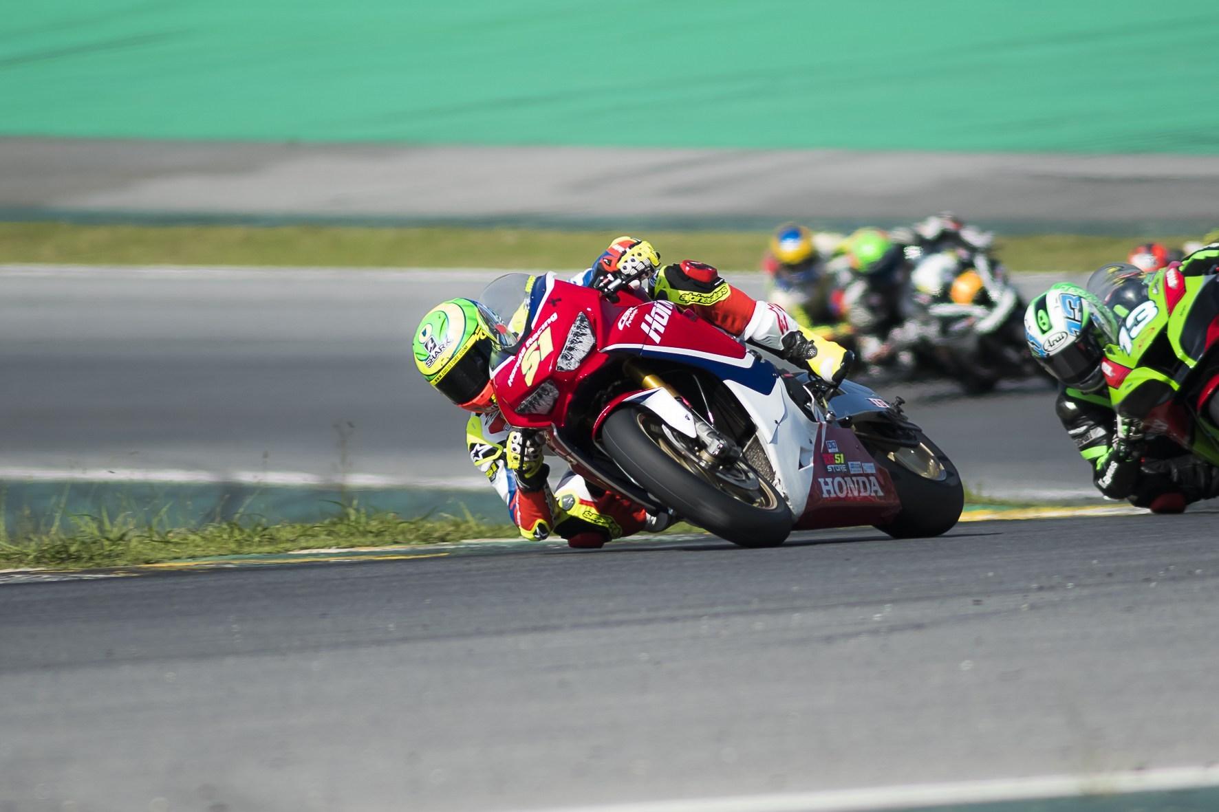 Photo of Superbike – Eric Granado Vence Pela Terceira Etapa da Superbike Brasil Em Interlagos
