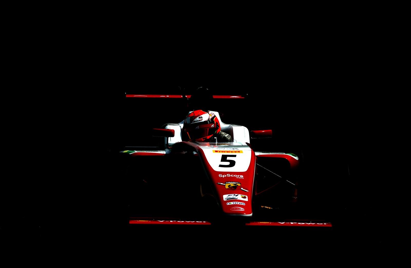 Photo of F4 – De ponta a ponta, Gianluca Petecof vence corrida de abertura da temporada do Italiano de Fórmula 4