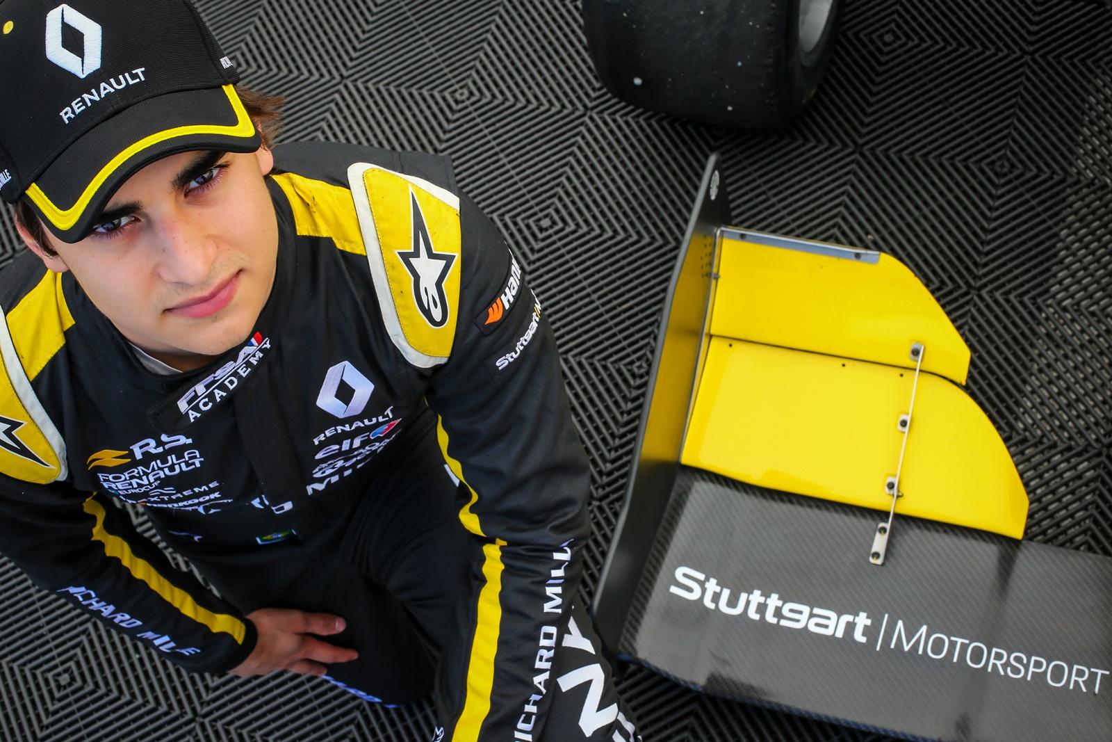 Photo of F-Renault – Caio Collet vence as duas provas entre os estreantes e sai de Paul Ricard com mais 2 Top-5 no geral