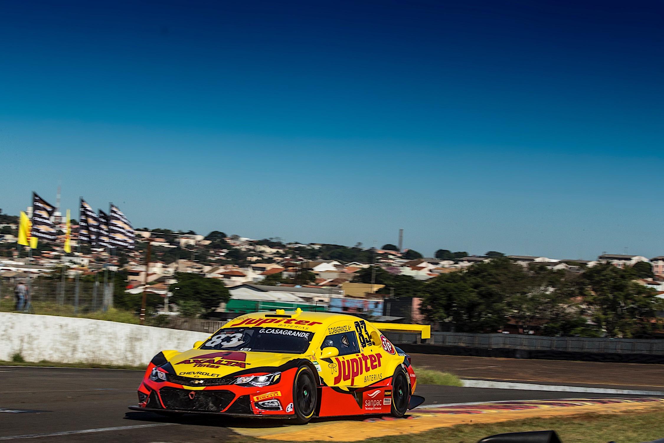 Photo of Stock Car – Faltou pouco: Gabriel Casagrande fica fora do Q3 por 0s04, mas destaca quarta fila em Londrina