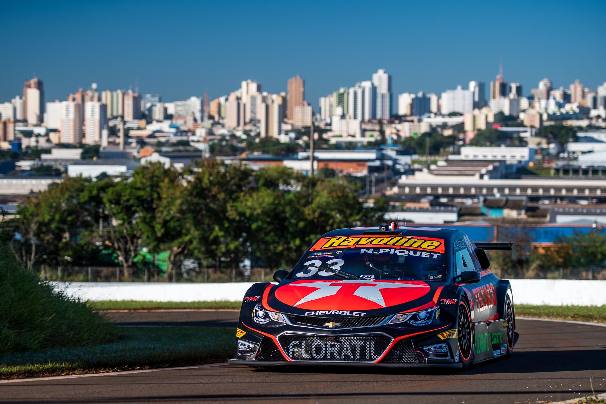 Photo of Stock Car – Nelsinho Piquet larga em oitavo e está confiante para corridas deste domingo em Londrina