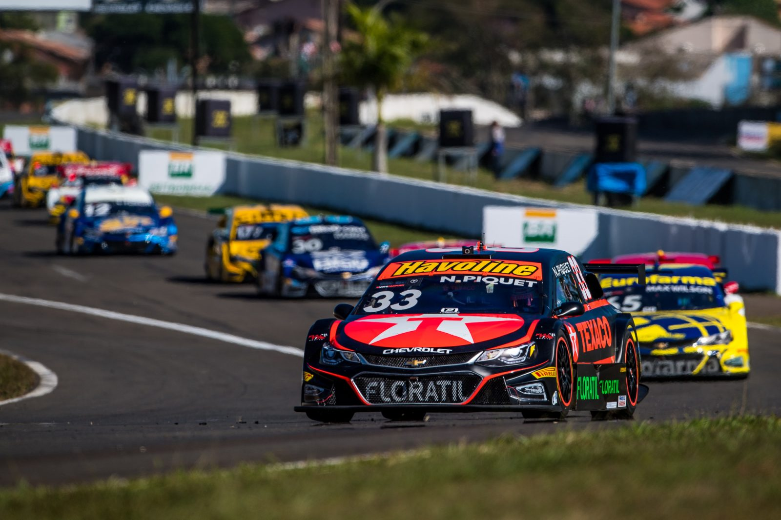 Photo of Stock Car – Nelsinho Piquet conquista sexto e sétimo lugares em Londrina e está no Top-10 no campeonato