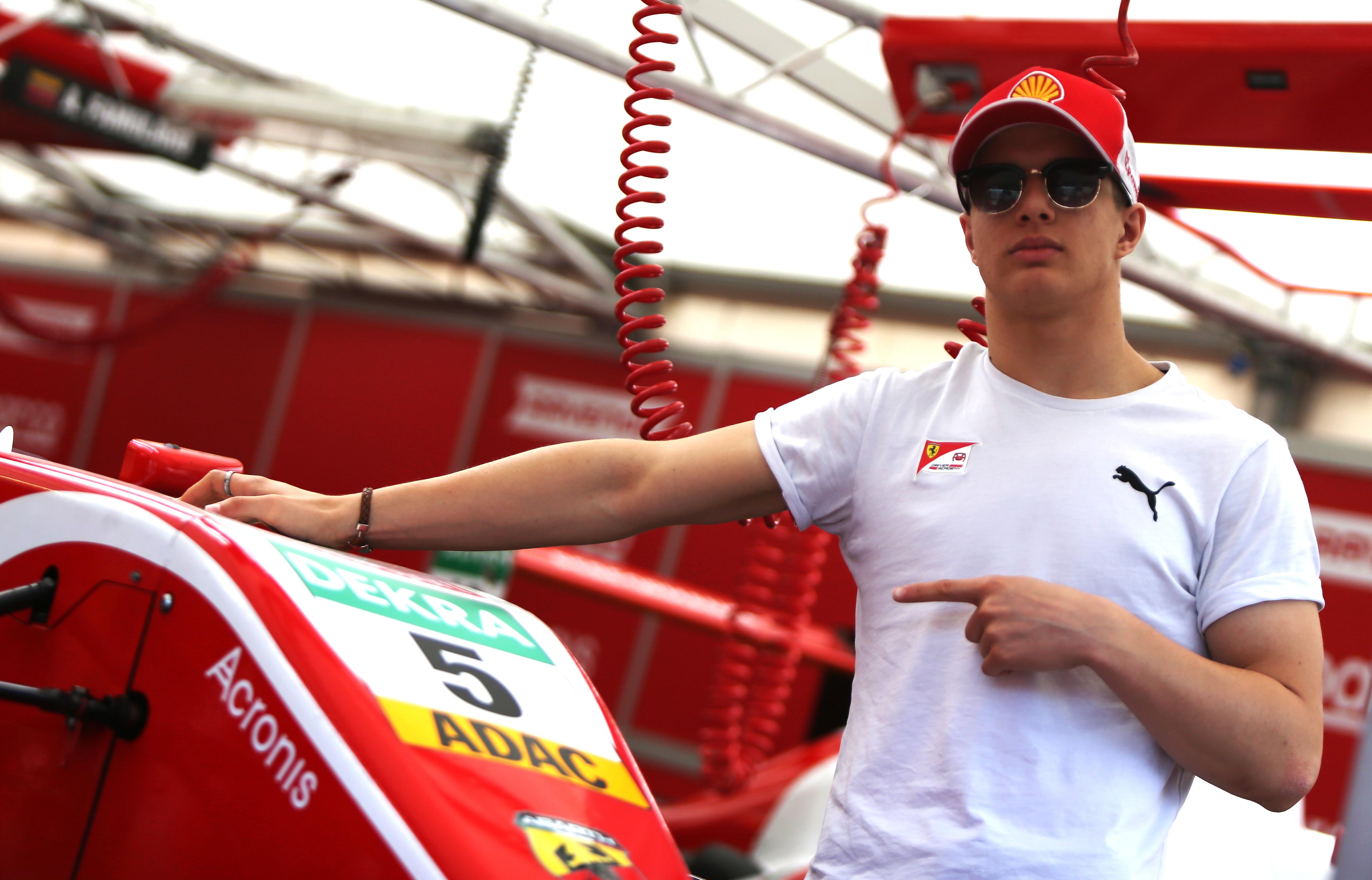 Photo of F4 – Gianluca Petecof busca seguir na briga pela liderança do Alemão de Fórmula 4 em Spielberg