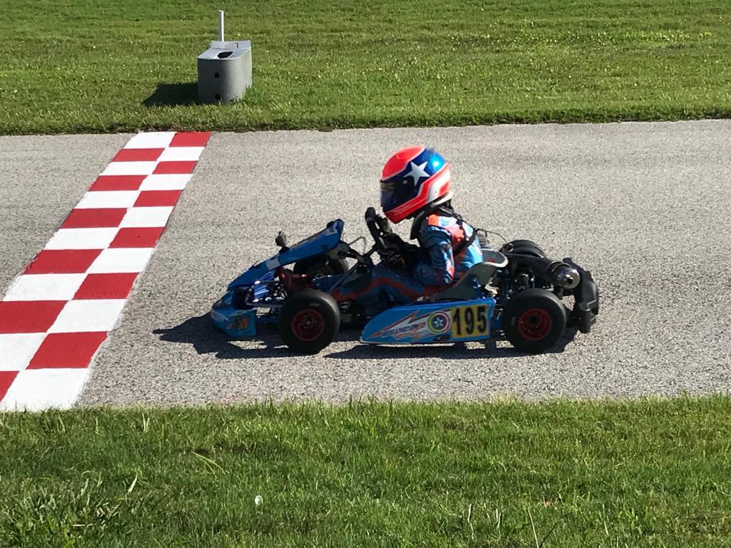 Photo of Kart – Enzo Vidmontiene vence 4 corridas e conquista título no kart americano
