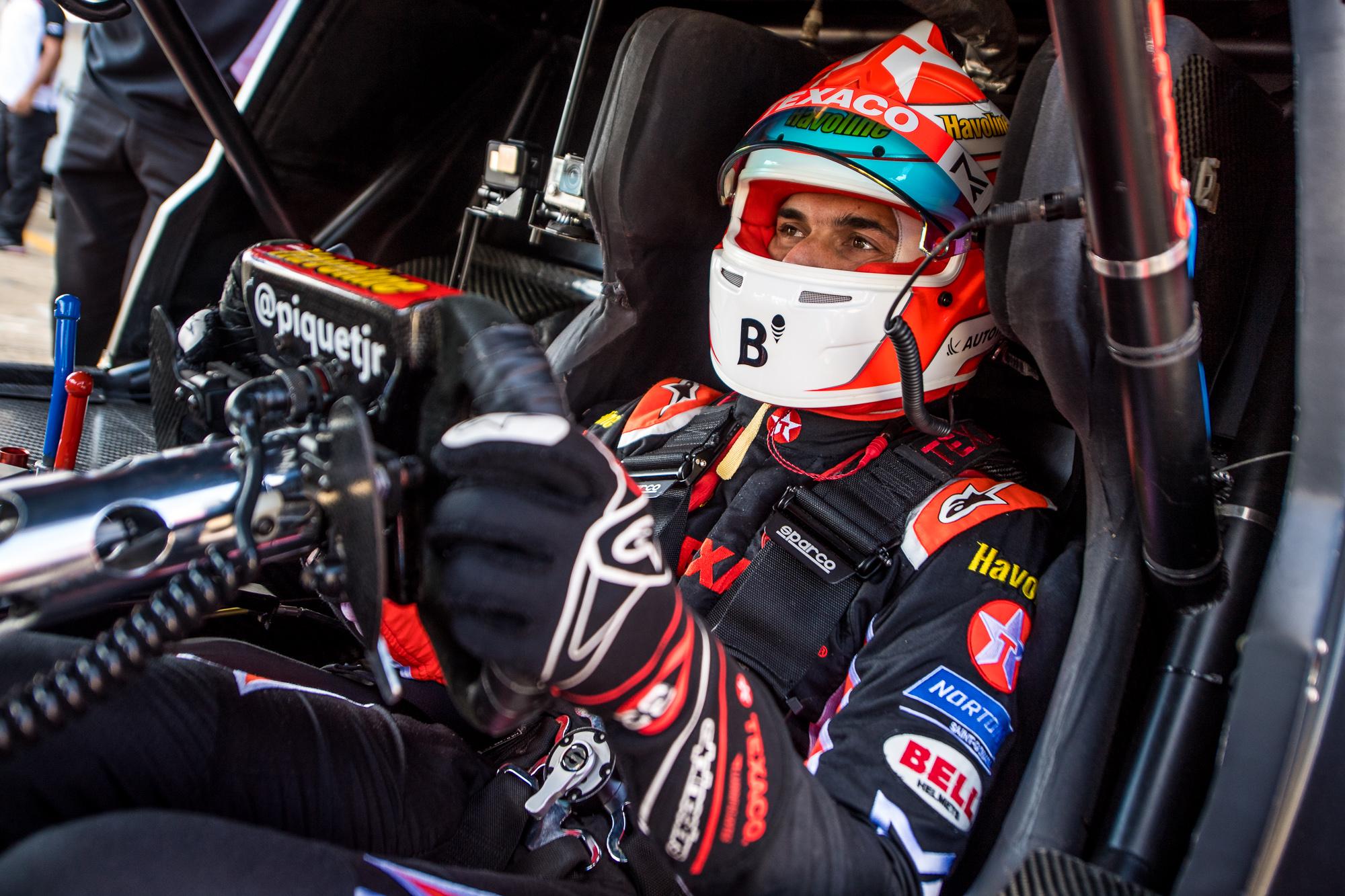Photo of Stock Car – Nelsinho Piquet corre pela primeira vez em Santa Cruz do Sul