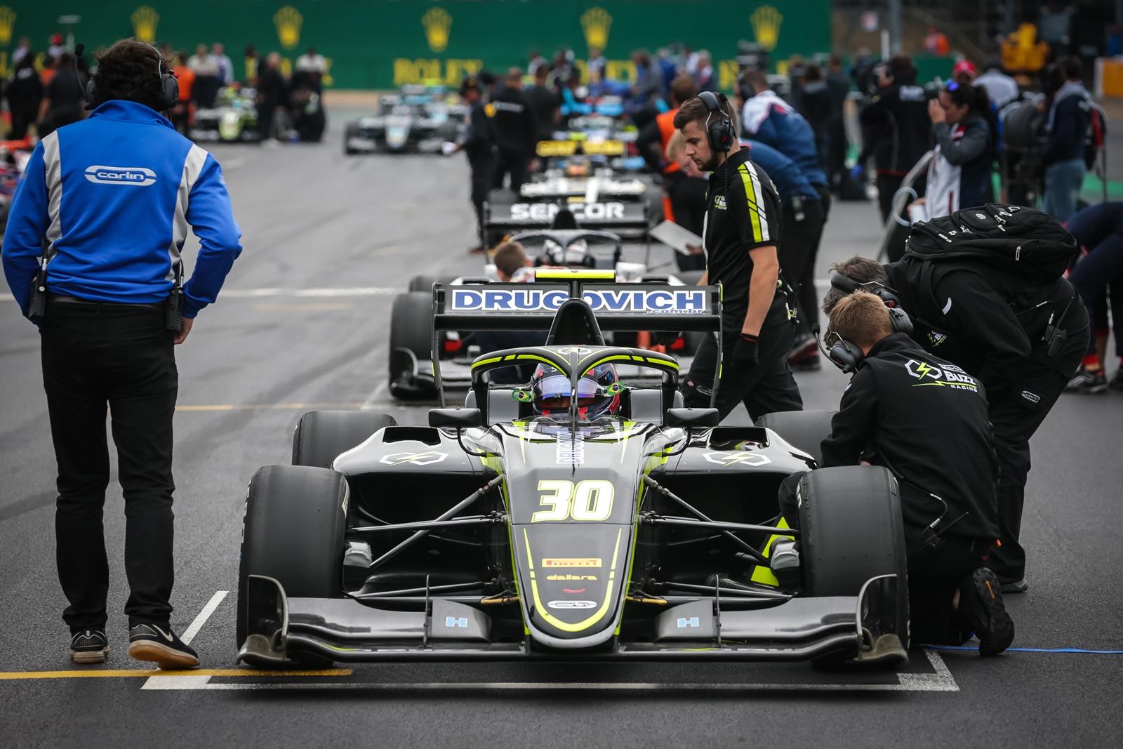 Photo of F3 – Felipe Drugovich esteve muito próximo de pontuar na 4ª etapa da Fórmula 3 em Silverstone