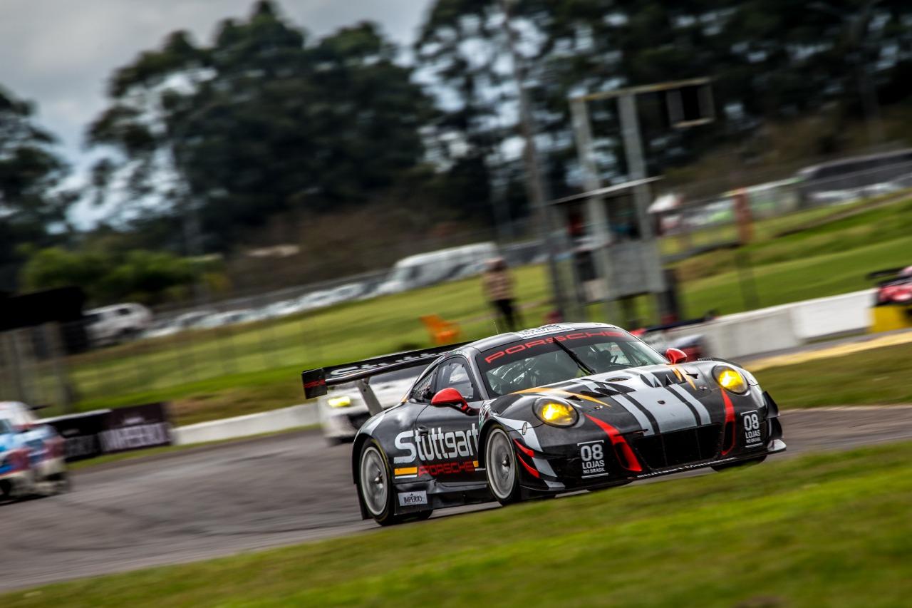 Photo of Endurance – Muita luta e terceiro lugar para a Stuttgart Motorsport nas 3 Horas do Velopark