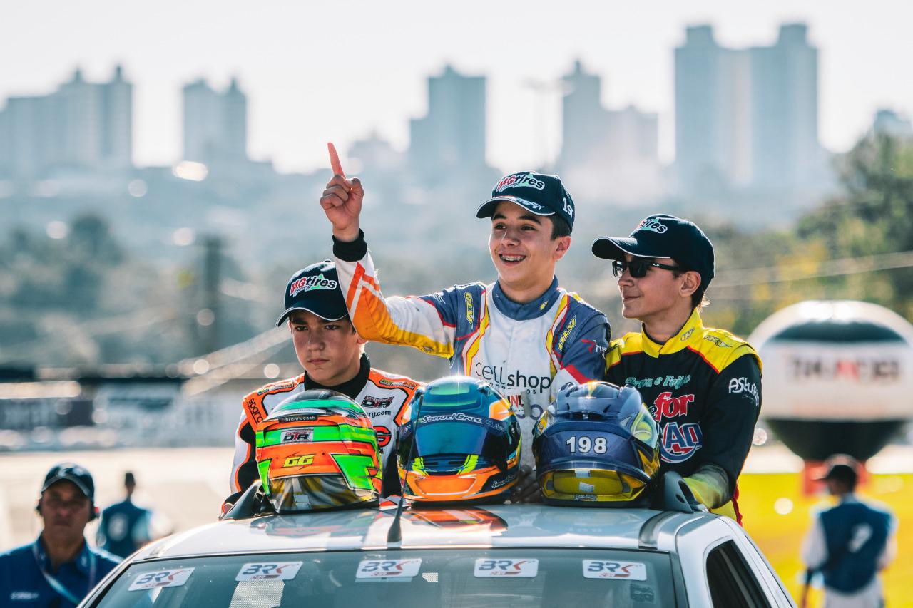 Photo of Kart – Samuel Cruz conquistou o Brasileiro de Kart e disputará o Mundial CIK/FIA ou o Mundial Iame