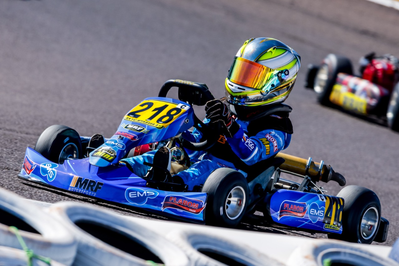 Photo of Kart – Akyu Myasava vive a expectativa da  estreia na categoria Júnior Menor