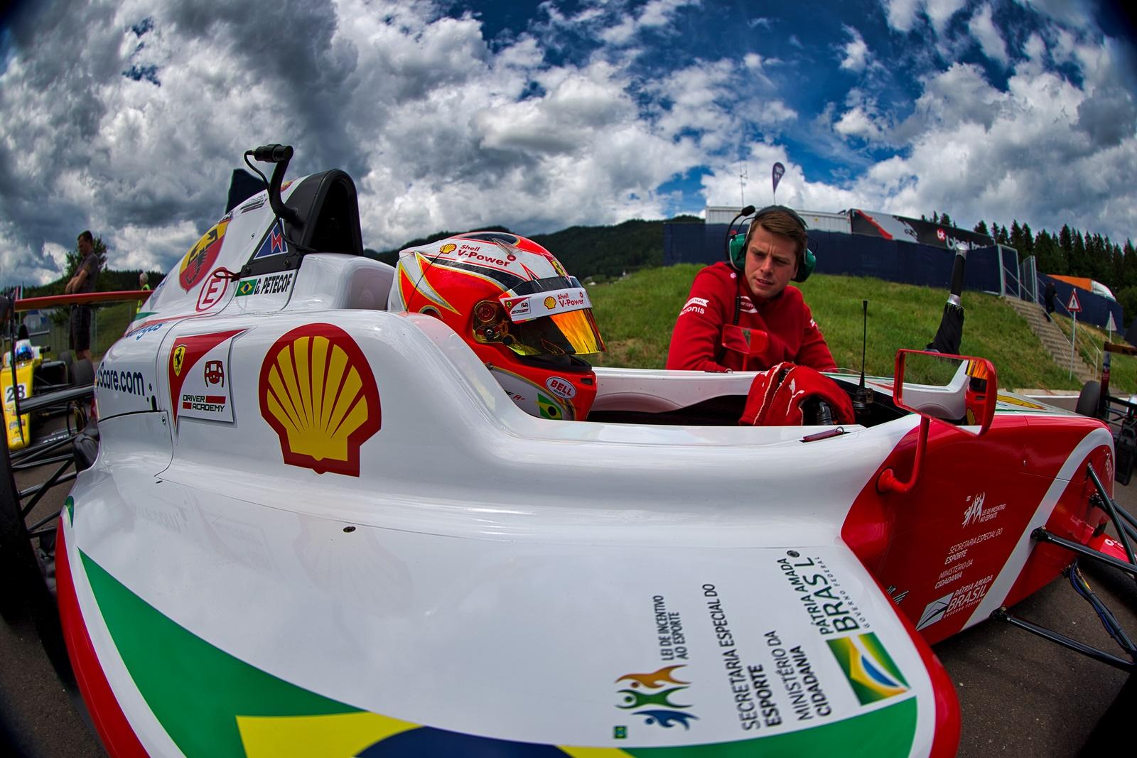 Photo of F4 – Gianluca Petecof tenta ampliar liderança do Italiano de Fórmula 4 em fim de semana de quatro provas